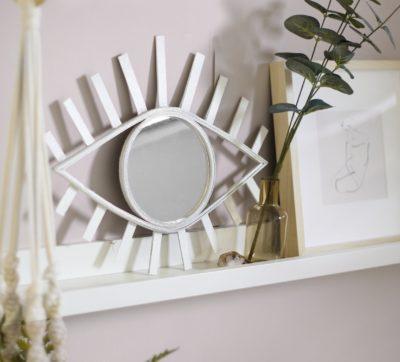 Gorilla Inspiration - DIY Eye Mirror
